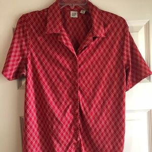 Red Vintage GAP button up polyester blouse